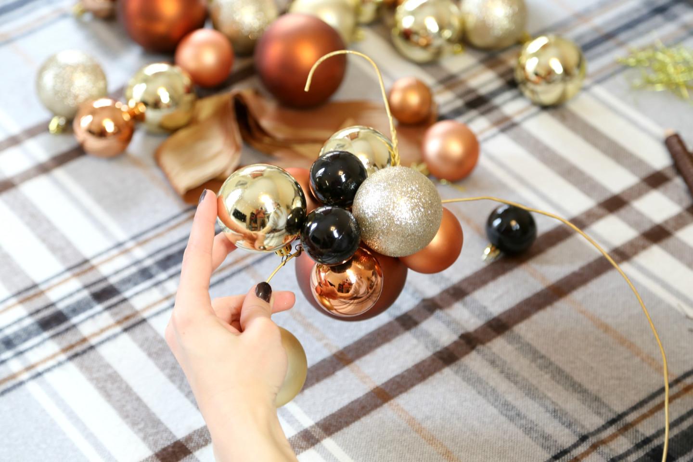 weihnachtskugelkranz-basteln-2