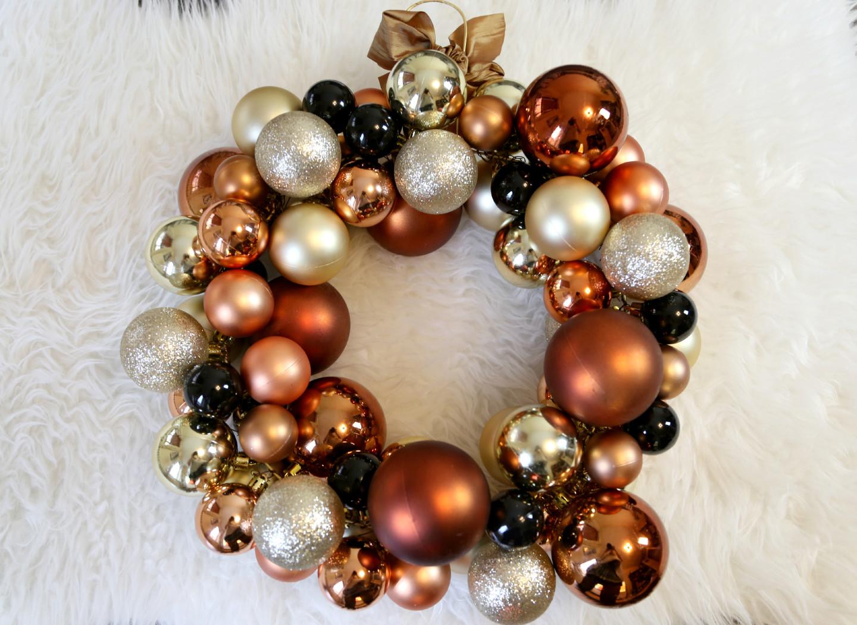 weihnachtskugelkranz-copper